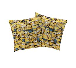 coussin 40x40 cm les minions jaune coussins but. Black Bedroom Furniture Sets. Home Design Ideas