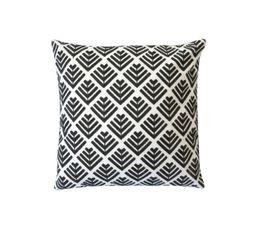coussin 45x45 cm rusty noir coussins but. Black Bedroom Furniture Sets. Home Design Ideas
