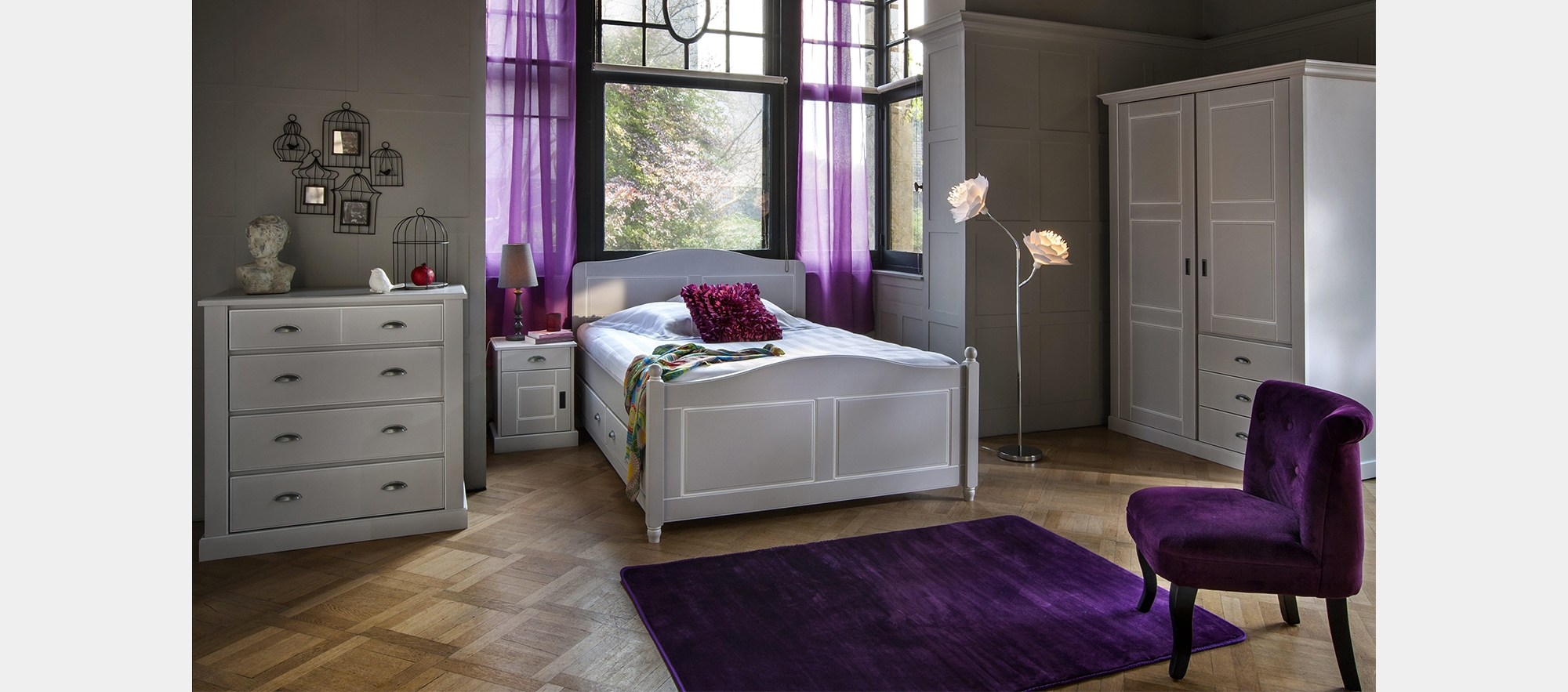 Emejing meuble chambre but pictures awesome interior for Meubles chambre a coucher adulte