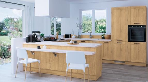 Osez la couleur pour votre cuisine for Cuisine configuration