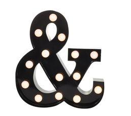 Matiere : Fer TYPO Matiere Fer Dimensions en cm : L.30 - l. 5,8 - H. 33 cm Type d'ampoule : LED Ampoule fournie : Oui Existe en differents coloris Rouge TYPO Culot LED intégrée Lettre lumineuse à poser ou à fixer au mur