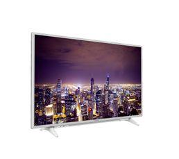 """Résolution 4K pour des images exceptionnelles Smart TV : accédez à vos contenus multimédias préférés Type : 4K 800 PPR Taille : 124 cm (49"""") Prise(s) HDMI : 3 Prise(s) USB : 2 Autre(s) prise(s) : 1 éthernet Consommation : Classe A/Marche 88 W/Veille"""