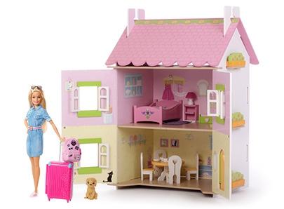 Poupée - Maison de poupée