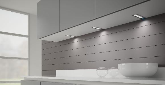 Awesome Les Réglettes LED Placées Sous Votre Plan De Travail Souligneront à La  Perfection, Le Design Contemporain De Votre Cuisine.